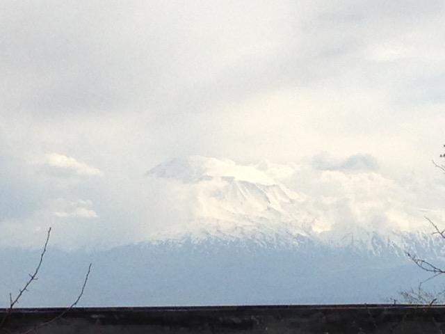 Der Berg Ararat © Charlotte Lyne
